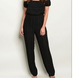 ❤️New Cold Shoulder Tapered lined Black Jumpsuit